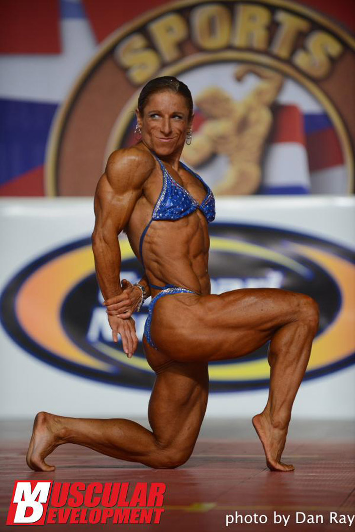 Branka Njegovec Flexing Her Muscles At The 2013 Arnold Amateur