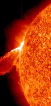 erupcion solr 24 febrero 2011
