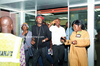 2face idibia and honeymoon picture
