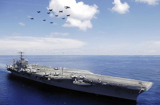 USS Abraham Lincoln (CVN-72) 01