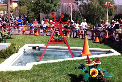 Cozy Cone Motel Cones Fountain