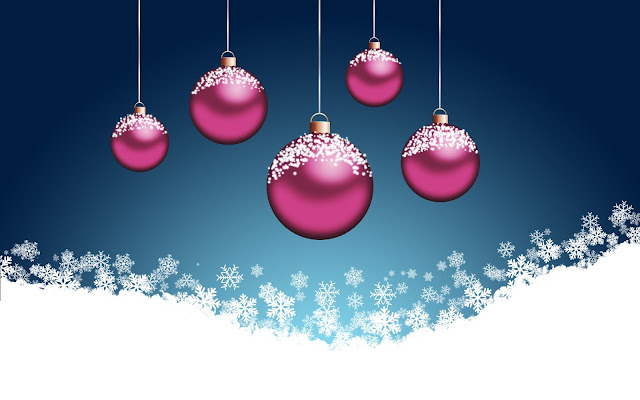 Images of Christmas ornaments