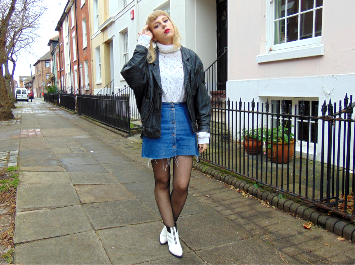 roll neck jumper, oversized slouchy vintage turtle neck jumper, denim button down a-line skirt, white pointed zip boots, fishnet tights, fringed vintage leather jacket, winter 2015 style fashion inspiration 1