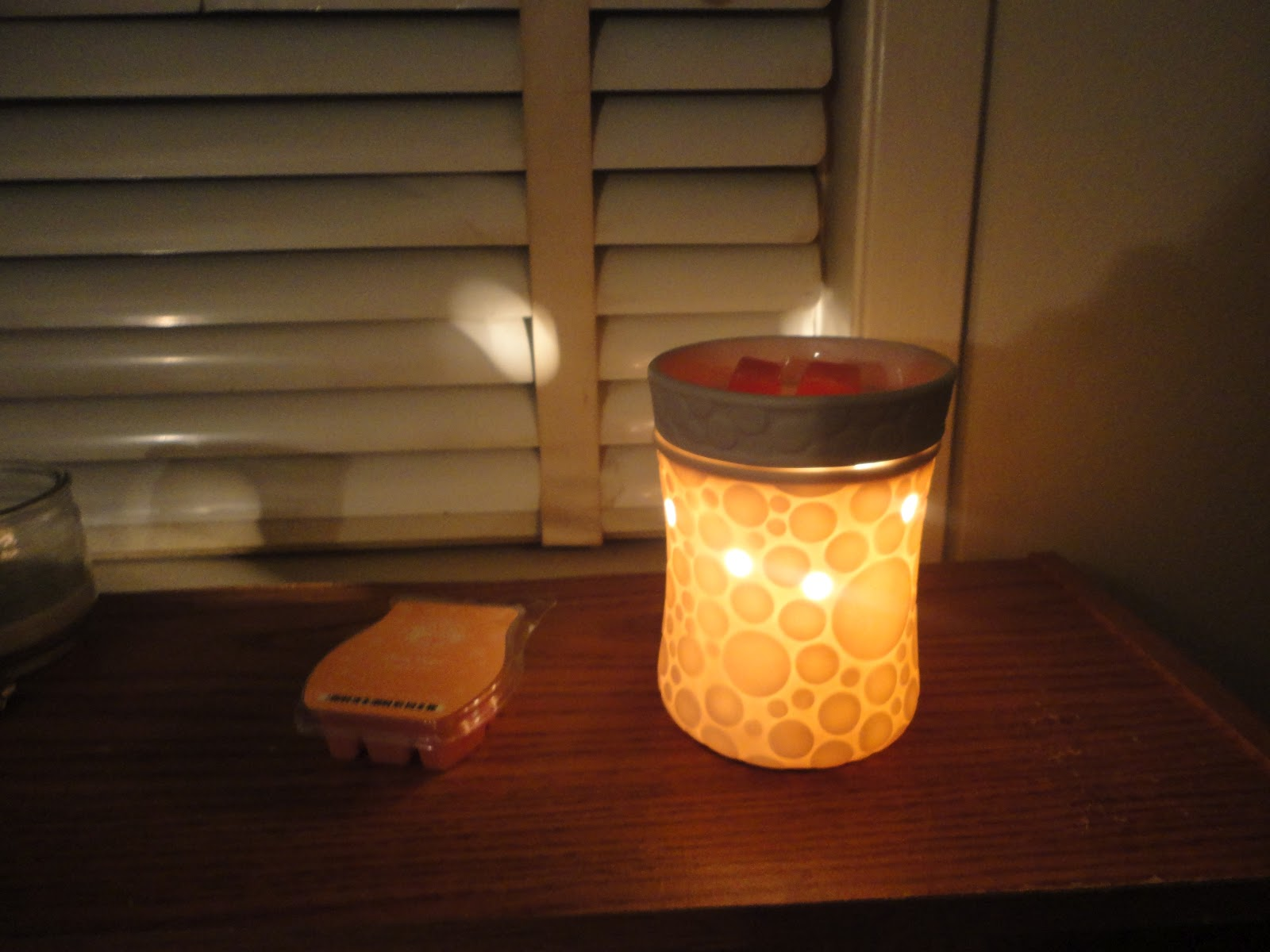 Nikki\'s Tried and True Reviews: Scentsy Vs Scentsationals Vs Better ...