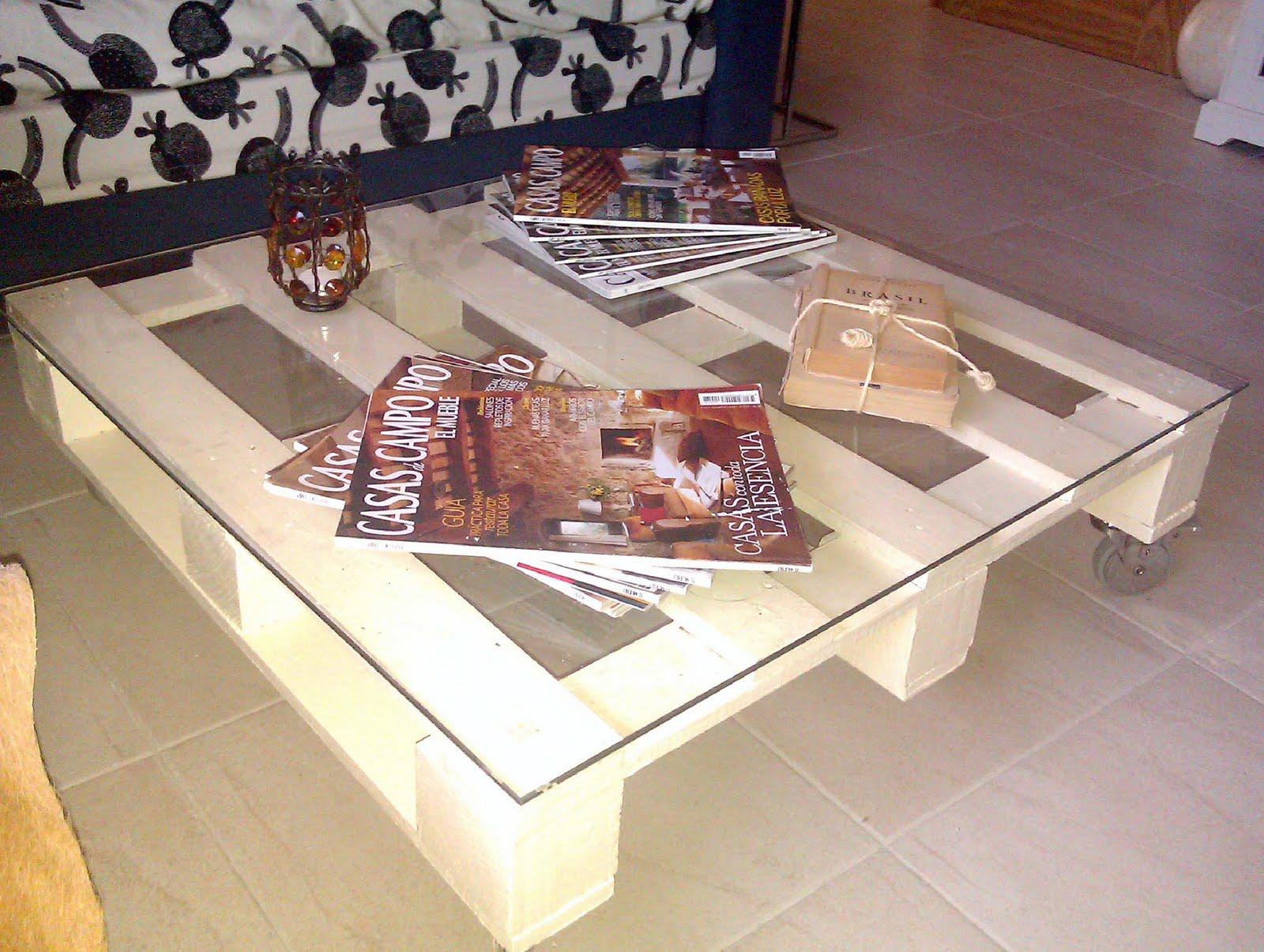 Muebles y objetos hechos con palets de madera y su nueva vid