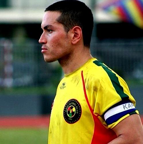 Randy Dellosa: ... aly borromeo: captain of the azkals and ...