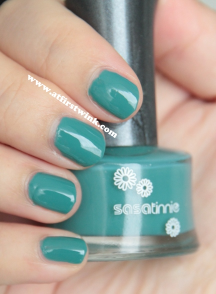 Sasatinnie nail polish Q19