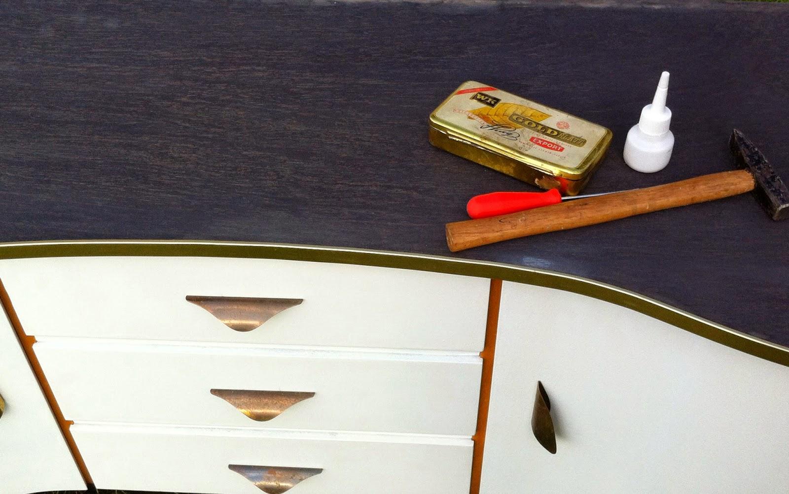 sehnsuchtssachen aus alt mach neu naja so gut wie. Black Bedroom Furniture Sets. Home Design Ideas