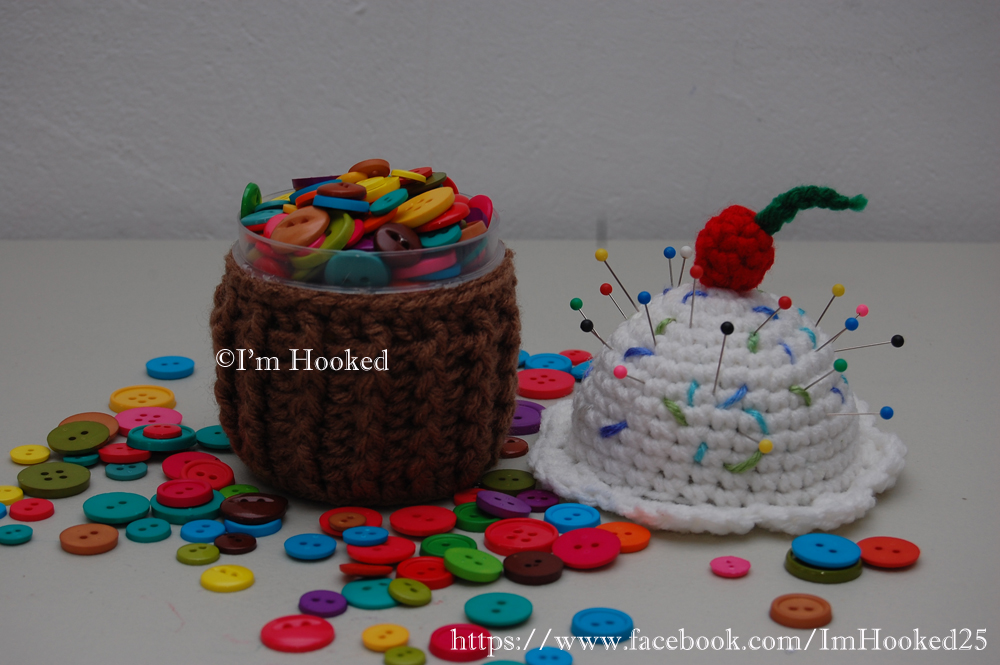 Crochet Treasures Cupcake Container