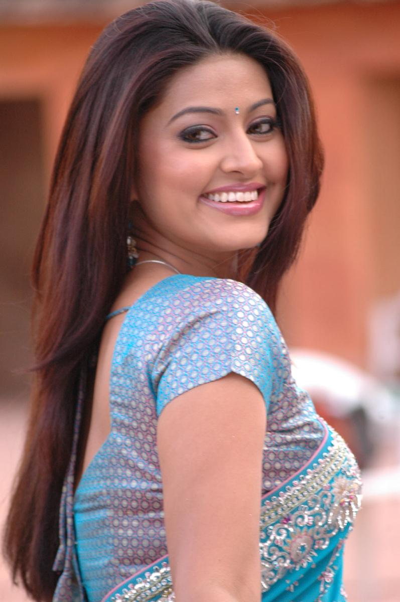 Actress Sneha photos stills and images - Tamil cinema ...