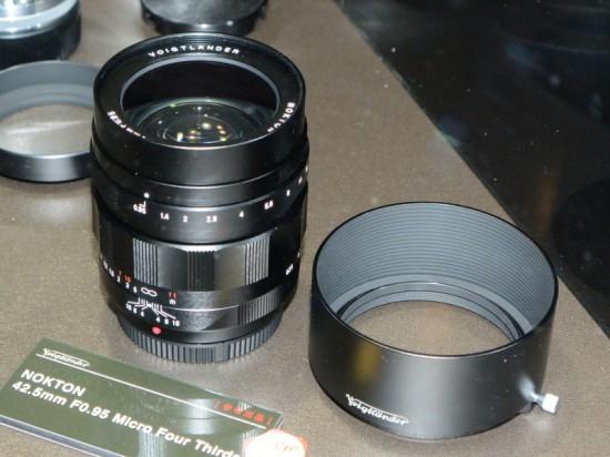 42.5mm, f/0.95, Voigtländer, Nokton