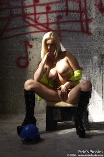 Naughty Girl - DSC_5340.jpg