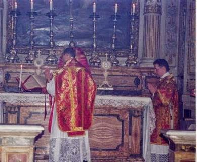 From the Archives : Liturgical Colours for Lent in the Ambrosian Tradition