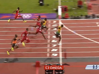 In fantastic fashion, Bolt retains 100m title in Olympic record time