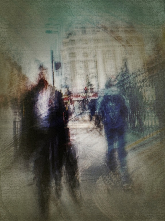 On the fuzzy side of the street 20 © Davide Capponi