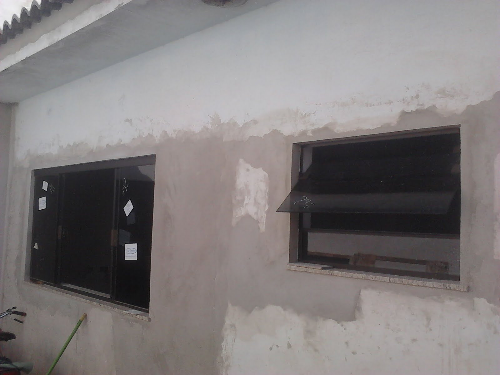 #59504F Janela 04 folhas e janela Wc Basculante 3402 Janelas De Pvc Primeira Linha