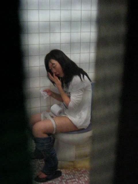Super Cute & Lovely Two Korean College Girl's shower and toilet Voyeur video leaked (5video)