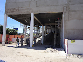 Rampa de acesso ao estacionamento superior do Cariri Shopping.
