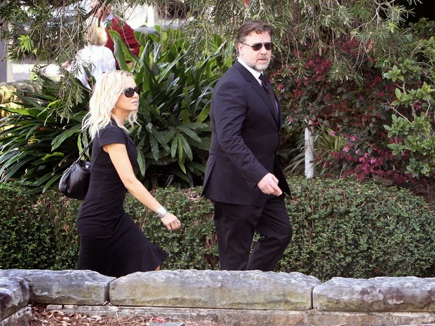 Russell Crowe and Danielle Spencer no velorio do pai de Nicole Kidman em Sydney