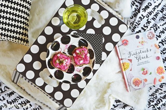 food love | rezept: rote-beete-frischkäse-creme à la zucker, zimt & liebe | luziapimpinella.com