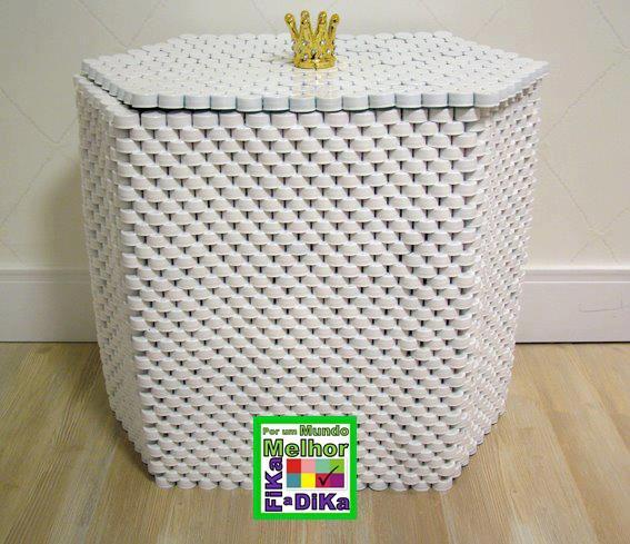 Fika a dika por um mundo melhor tampas de pl stico e - Como decorar reciclando ...