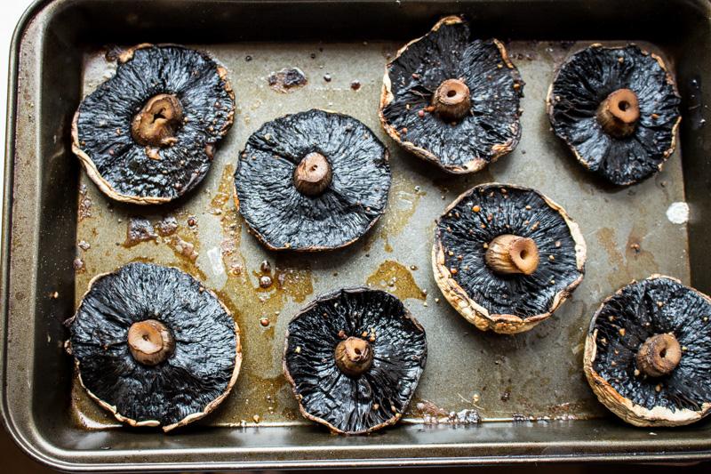 Oven roasted portobello mushrooms | Svelte Salivations