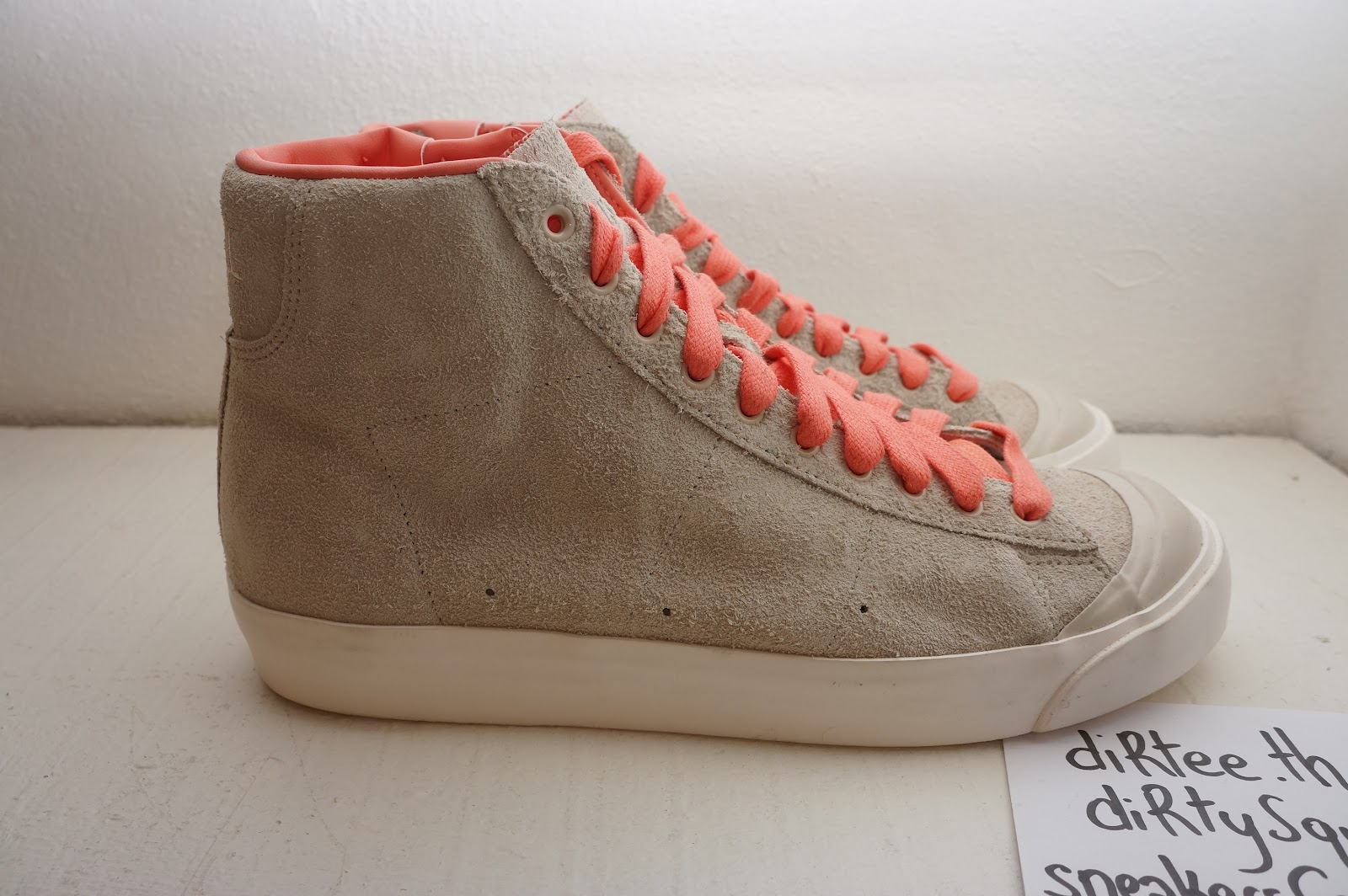 sneakers from Paris  NIKE - Blazer Mid AB - SAMPLE Mango dcd4e84389