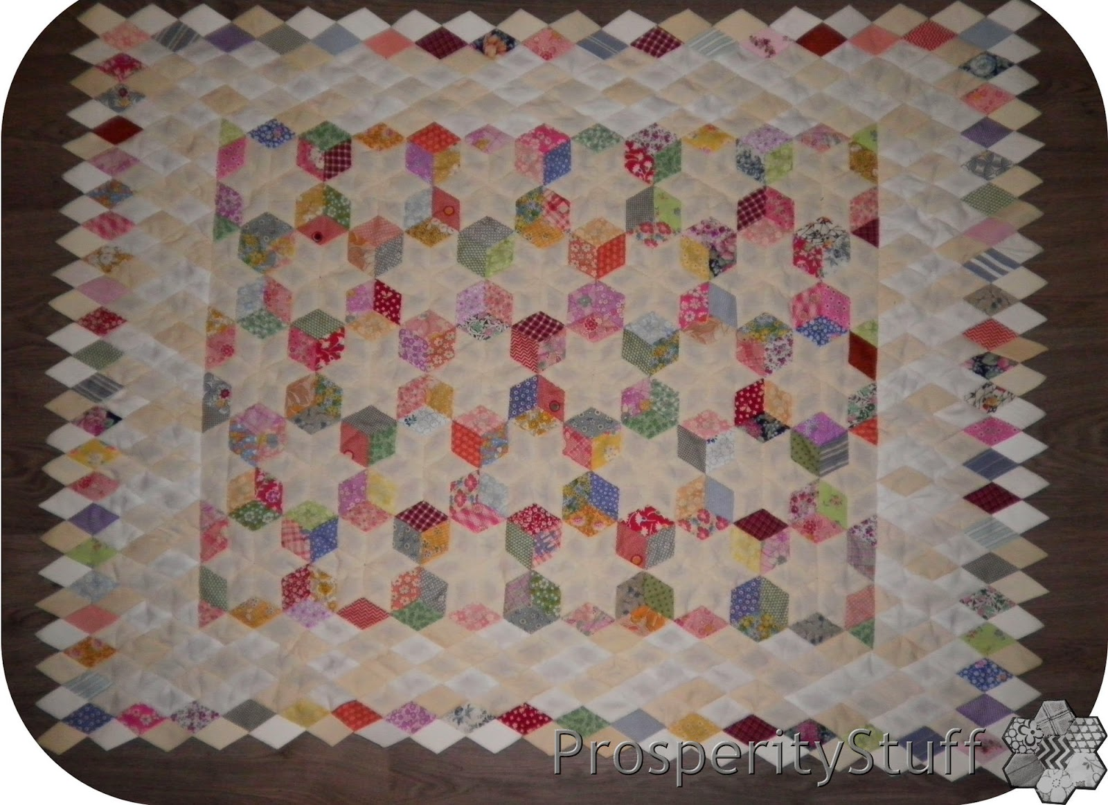 ProsperityStuff Quilts: English Paper Piecing - progress milestone