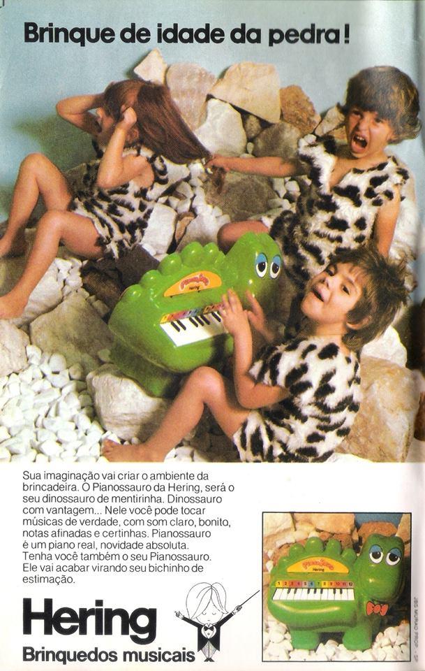 Propaganda do Pianossauro dos brinquedos musicais Hering, veiculado no final dos anos 70.