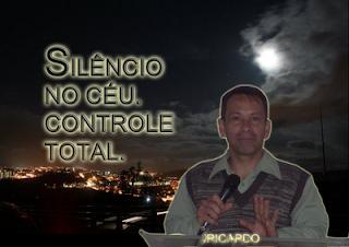.::O SILÊNCIO DE DEUS::.