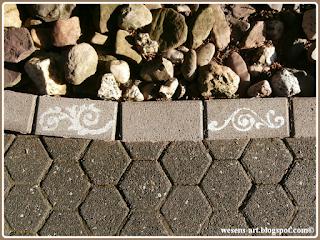 ChalkPaintStones wesens-art.blogspot.com