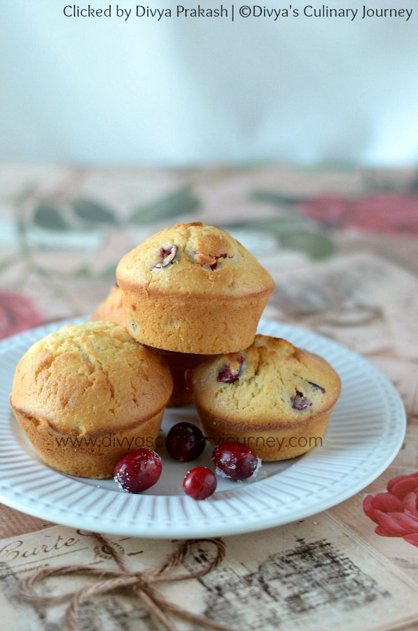 cranberry muffins recipe , fresh cranberry muffins