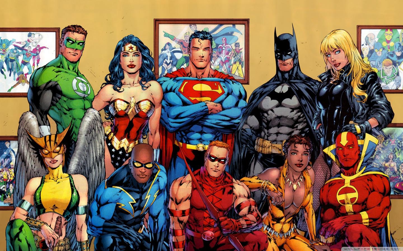 http://3.bp.blogspot.com/-KGxAtN6n-tQ/UQsj8oG9r3I/AAAAAAAAAfY/aBAwKtRxMnE/s1600/dc_comics_superheroes-wallpaper-1440x900+(1).jpg