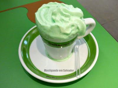 Deltaexpresso: Chocolate Quente com Chantilly de Menta