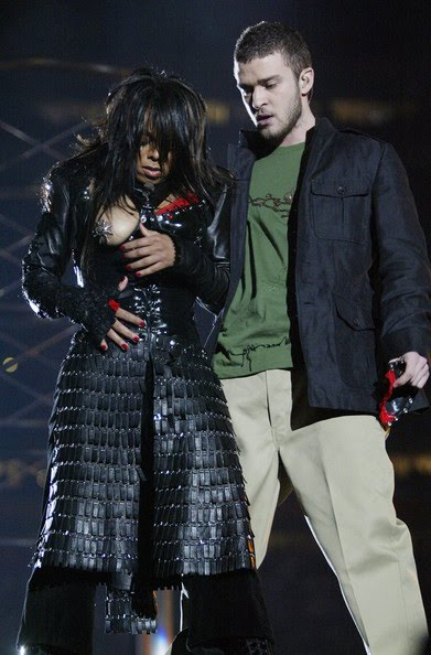 Perhaps Velcrou0027s biggest (weakest?) moment came in the 2006 Super Bowl halftime show when Janet Jacksonu0027s costume u0027malfunctionedu0027 and exposed her right ...  sc 1 st  Scriblets & Scriblets: Burrs Astronauts u0026 Janet Jackson
