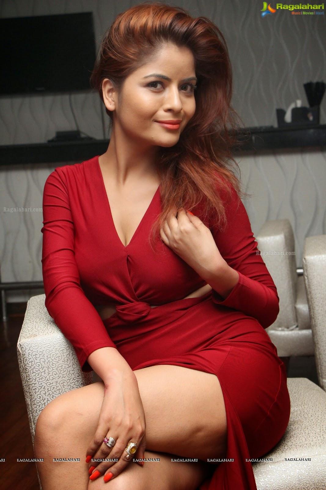 Indian Garam Masala: Actress Gehana Vasisth Spicy Hot red ...