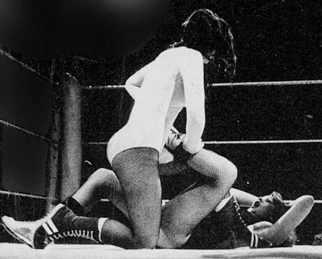 Rusty Blair vs Carla Sanchez - Ladies Pro Wrestling