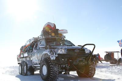 videos-de-camiones-toyota-hilux-antartida-6x6