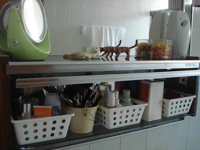CASA MIA MEU JEITO DE ORGANIZAR ARMÁRIO DO BANHEIRO -> Organizar Armario De Banheiro