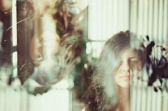 Autoconsciência, por Babi Mounton