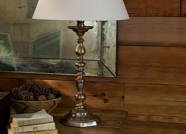 decoracion dormitorio rustico chic-lampara de mesa