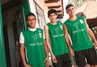 Oriente Petrolero - Diego Rodríguez, Pedro Azogue, Danny Bejarano - DaleOoo.com página del Club Oriente Petrolero