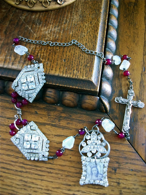 Virgin Mary and Child Charm