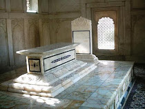 Allama Iqbal Tomb