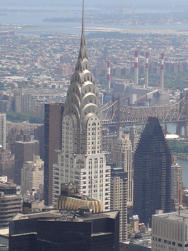 durante ms de un siglo ha sido uno de los principales centros mundiales de comercio y finanzas nueva york est considerada como una ciudad global dadas