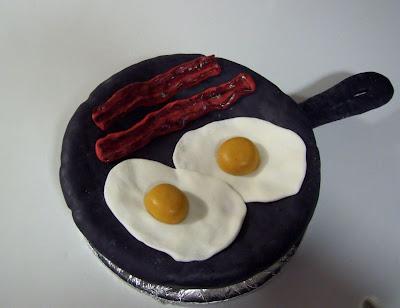 Bolo de Ovos e Bacon