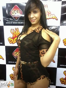 Entrevista com a Ex-Dançarina da Banda Saia Rodada Juliana Mariah