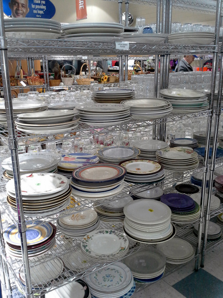It's so easy to find china at the Goodwill and thrift stores.