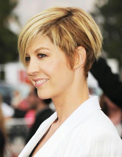 kort hår kvinna