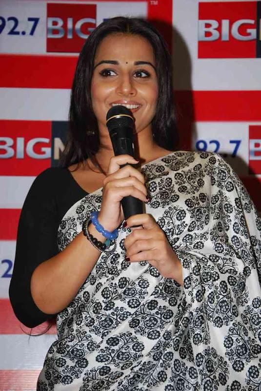 Vidya Balan At  Big FM Photos sexy stills